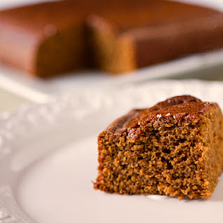 Classic Gingerbread Cake