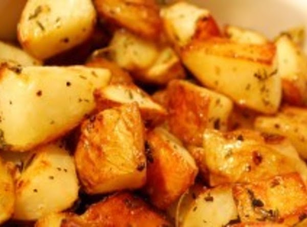 *cheesy Garlic Herb Roasted Potatoes* Recipe