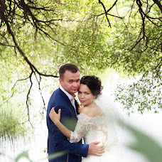Wedding photographer Natalya Chekmeneva (Natalia111). Photo of 19.08.2015