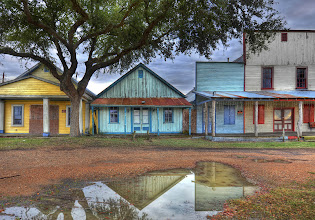 Photo: A creepy old, abandoned ghost town...