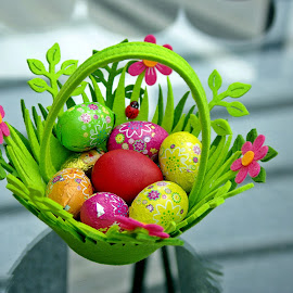 Eggs all around V by Ciprian Apetrei - Public Holidays Easter ( eggs · easter · still life · decorations )