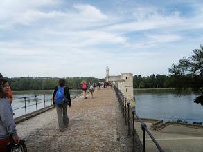 Photo: 2. den - A teď se projdeme po mostě (Pont d'Avignon – Saint Bénézet, Avignon)