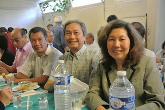 Photo: Anh Lôc, anh Duc et Josée