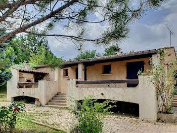 maison à Aiglun (04)