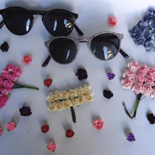 Очила с цветя