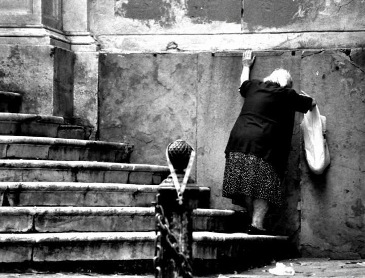 Anziana solitudine di adele