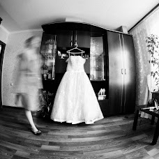 Wedding photographer Artur Aksenov (BogArt). Photo of 14.08.2013
