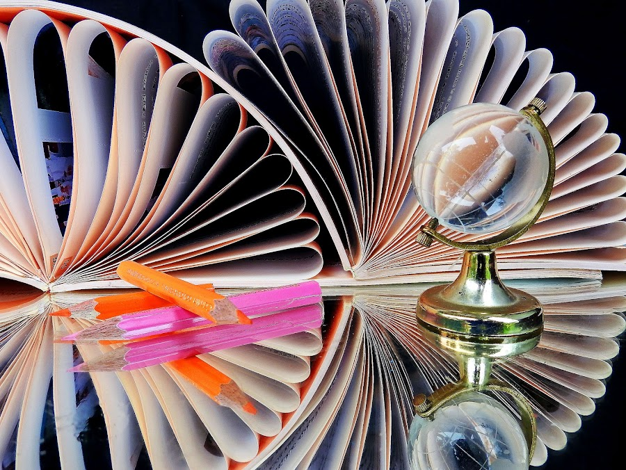 Books by Asif Bora - Artistic Objects Education Objects (  )