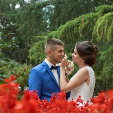 Wedding photographer Artem Lomakin (artfirinoff). Photo of 29.09.2016