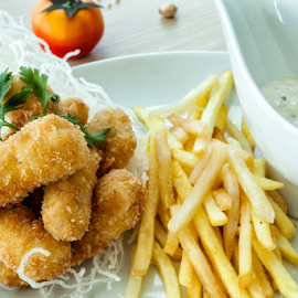 by Chandra Wirawan - Food & Drink Plated Food
