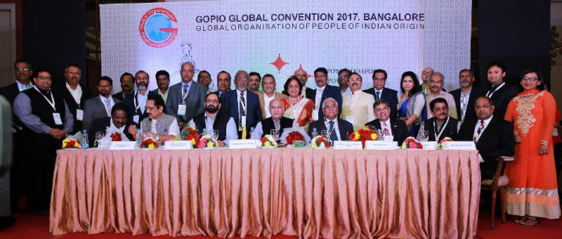 GOPIO Officials and Conv. organizers with dignitaries at the Inauguration