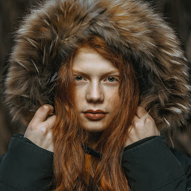 by Jhonny Visentin - People Portraits of Women ( portrait photographers, portraits of women, red hair, portraits )