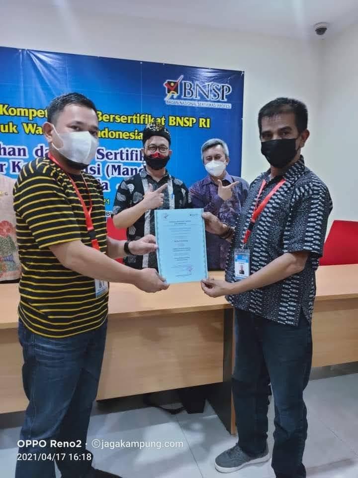 Bersertifikat Dari BNSP Dua Wakil FPII Resmi Sebagai Asesor Untuk Menguji UKW