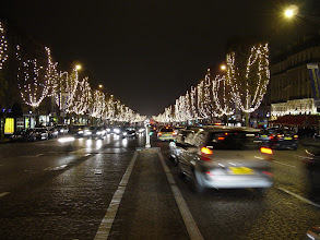 Photo: And here, the other direction, looking towards La Place de la Concorde.