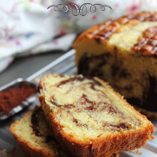 SOFT & MOIST CHOCOLATE VANILLA MARBLE CAKE