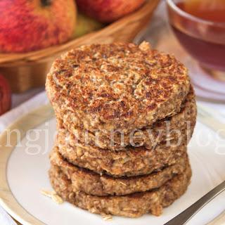 Apple pancakes – Easy healthy breakfast.