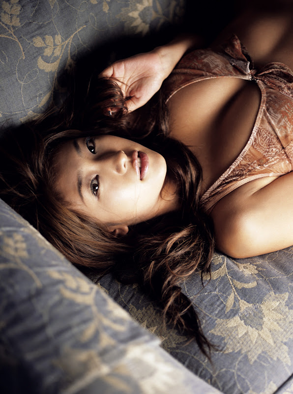 memek sempit mulus perawan gadis cantik seksi yang bikin ketagihan