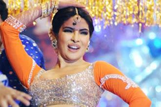 Photo: It's Kareena vs Priyanka for Karan Johar's next http://t.in.com/5p6O