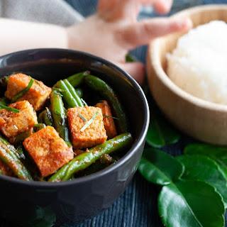 Quick Weeknight Tofu Pad Prik King (Phat Phrik Khing) Recipe