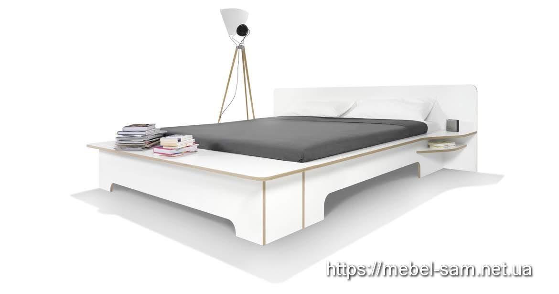 Кровать из фанеры с другого ракурса