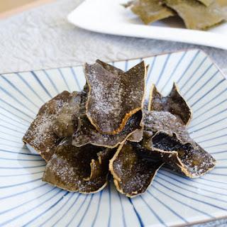 Korean Fried Kelp Chip Recipe (Dasima Twigak).