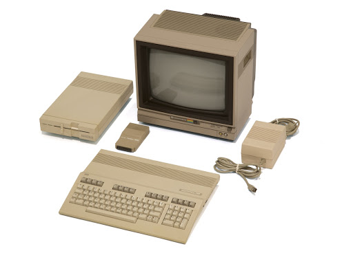 Commodore Personal Computer, Model 128, 1985