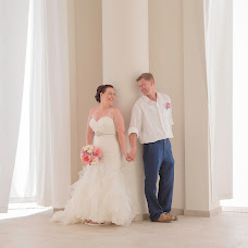 Wedding photographer Esthela Santamaria (Santamaria). Photo of 30.04.2018