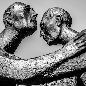 Begegnung by Carol Henson - Black & White Objects & Still Life ( may, statue, 2015, rencontre, begegnung, family visit, france, reconciliation, strasbourg, , #GARYFONGDRAMATICLIGHT, #WTFBOBDAVIS )