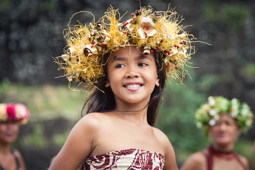 Ponant-French-Polynesia-girl.jpg - Head to French Polynesia and get immersed in local culture.