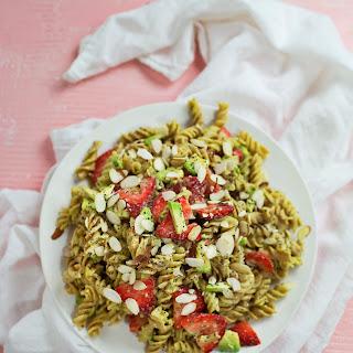 Creamy Strawberry and Avocado Pasta Salad Recipe