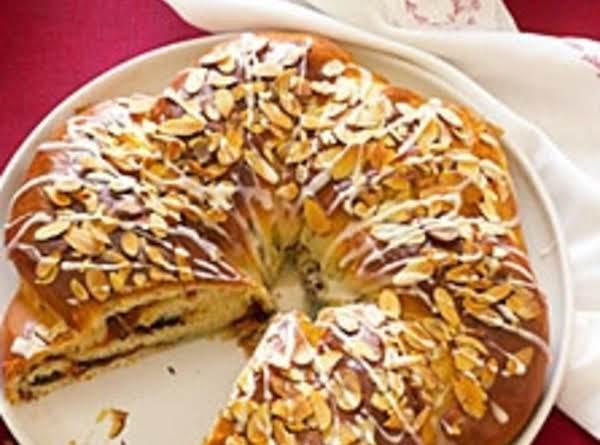 Cinnamon Chocolate Apricot Coffee Cake