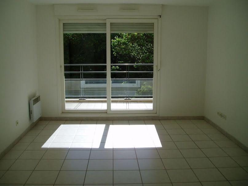 Location  appartement 2 pièces 47.63 m² à Marseille 9ème (13009), 796 €