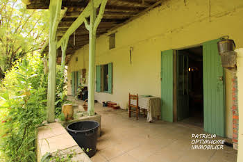 Maison 15 pièces 325 m2