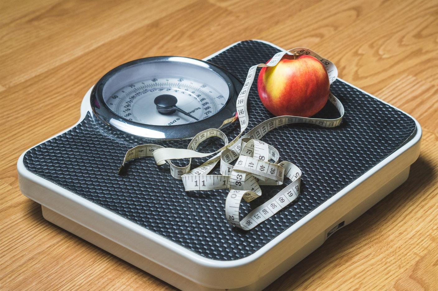8 Must-have Items for a Successful Weight Loss Routine - Weighing scale