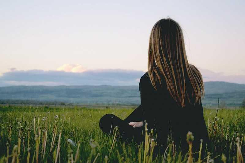 Can't stand being alone with your thoughts? Here's how floating can help… |  Floatworks Journal