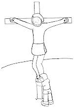 Photo: a los pies de la cruz
