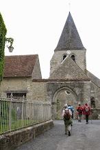 Photo: Arrivée à l'église St Gault à Yèvre-le-Châtel