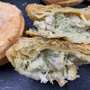 """Chicken Thai Curry 3"""" Party Pie (Minimum of 3-can mix and match)"""