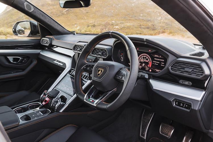 First Drive The 2020 Lamborghini Urus Is A Surprisingly Friendly Brute