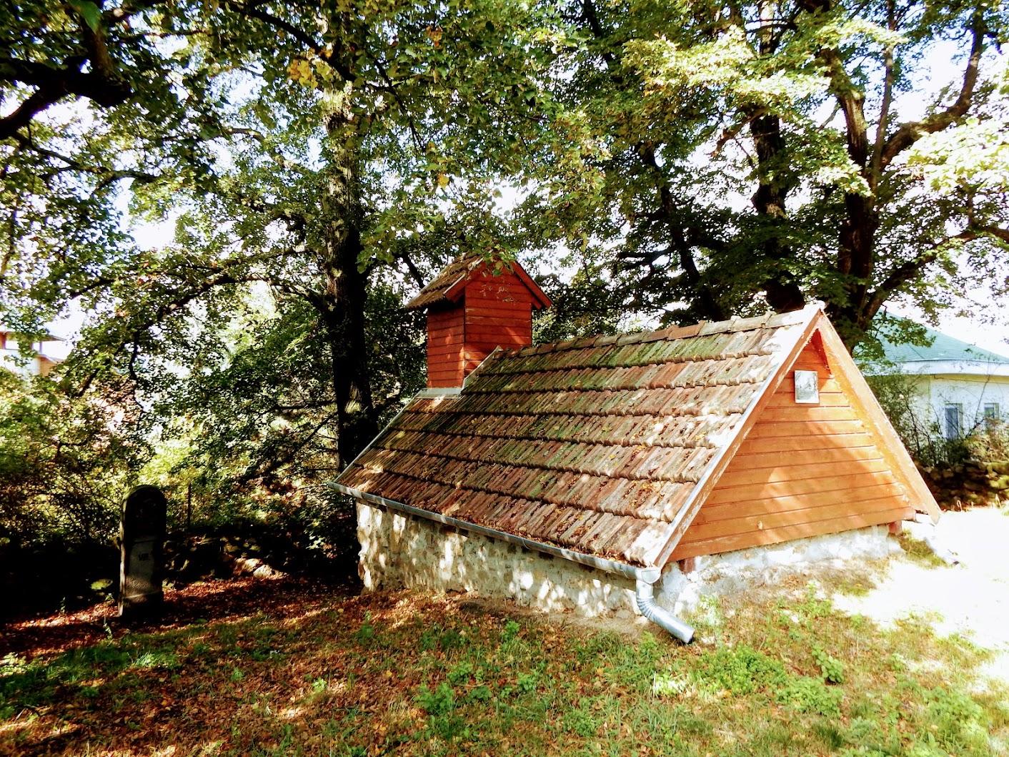 Pilisszántó - kálvária a falu délnyugati szélén