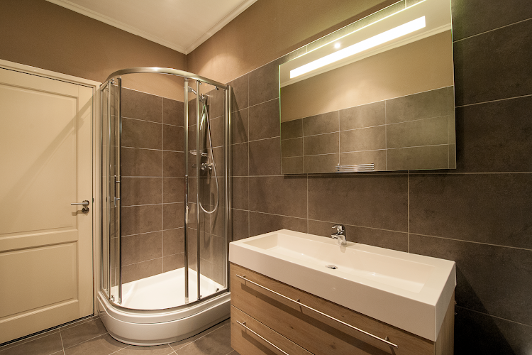 Main bathroom at Leidsesquare Suites
