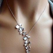 К чему снятся серебряные украшения?