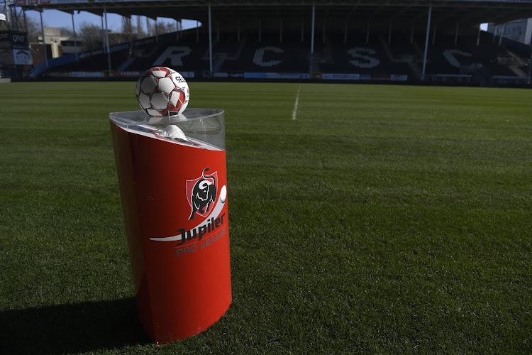 La Pro League organise le mercato en deux parties