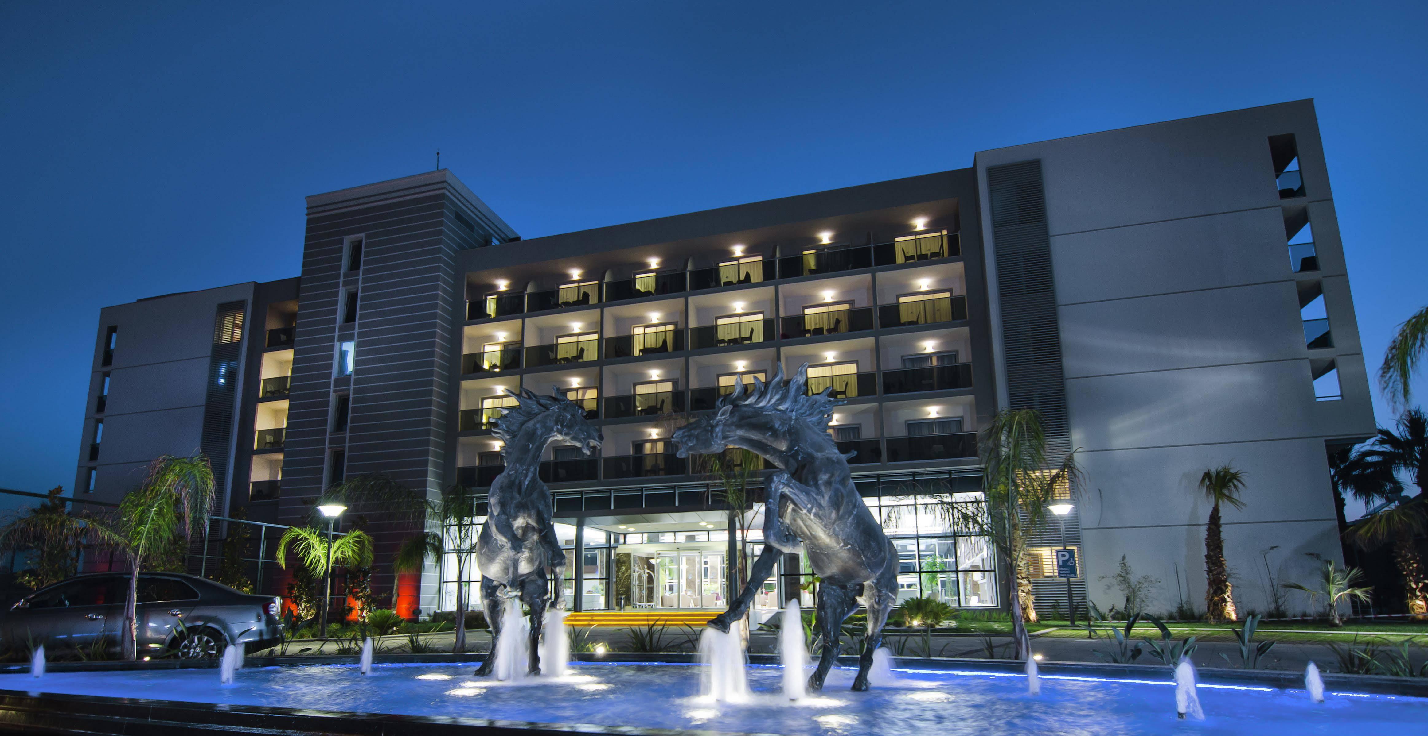 Palm Wings Beach Resort And Spa Kusadasi