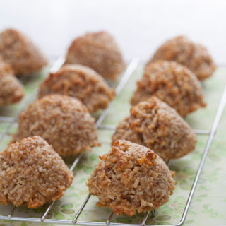 Coconut Macaroons (Grain-Free, Gluten-Free, Egg-Free, Dairy-Free, Sugar-Free, Passover AND ACD-Friendly).