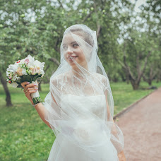 Wedding photographer Valeriya Chumakova (shangri). Photo of 17.10.2014