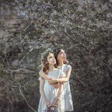 Wedding photographer Agunda Plieva (Agunda). Photo of 10.04.2016