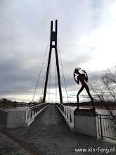 Photo: Dresden, voetgangersbrug bij de Elbe