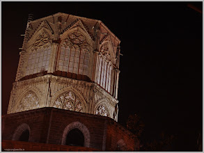 Photo: Exterior de la Catedral ( Valencia).www.viajesenfamilia.it/