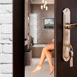Hot Girl In Bath Live Wallpaper 3D 1.0
